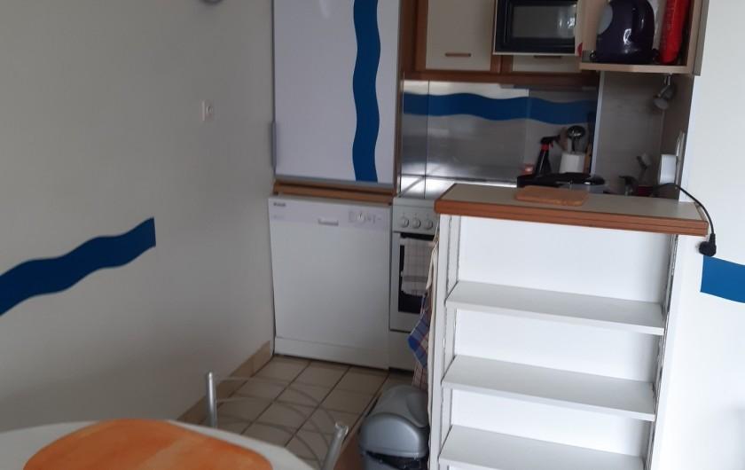 Location de vacances - Studio à Dinard - coin cuisine
