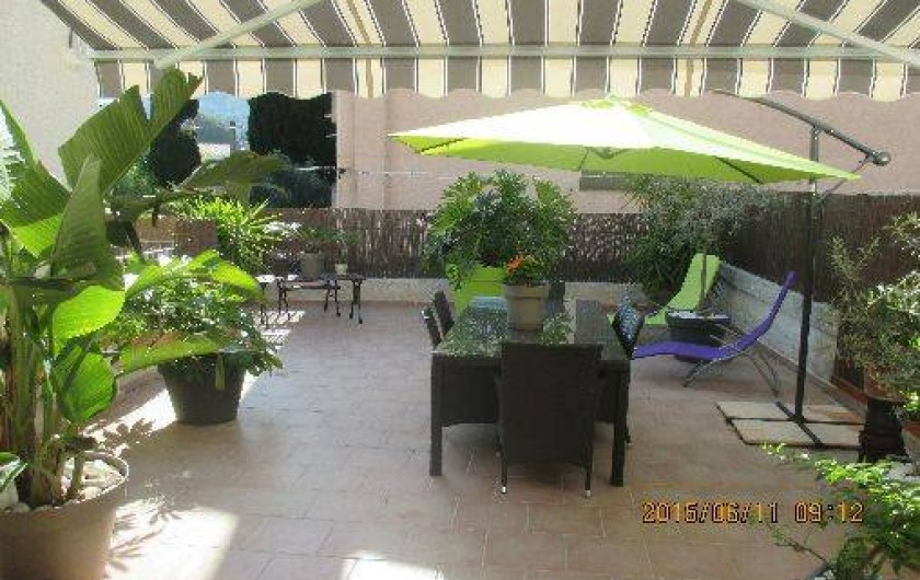 Location de vacances - Appartement à Saint-Cyr-sur-Mer - Terrasse 50 m2