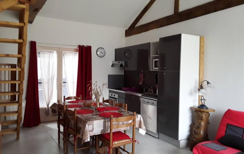 Location de vacances - Gîte à Sorges et Ligueux en Périgord - salon cuisine