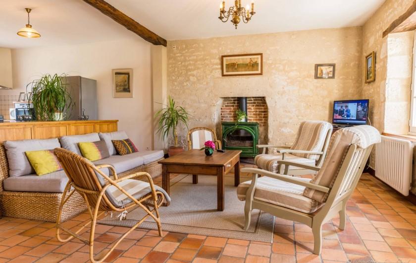 Location de vacances - Gîte à Nieul-sur-l'Autise - Salon de la Sellerie
