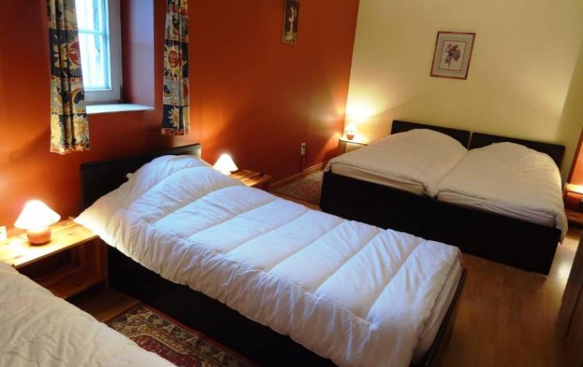 Location de vacances - Gîte à Anhée - Gîte 19-21 p. Chambre
