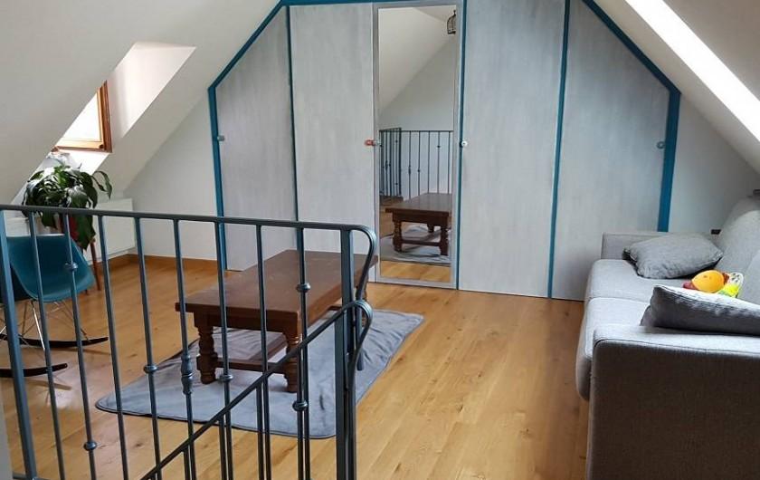 Location de vacances - Gîte à Lassouts - Espace détente avec canapé lit