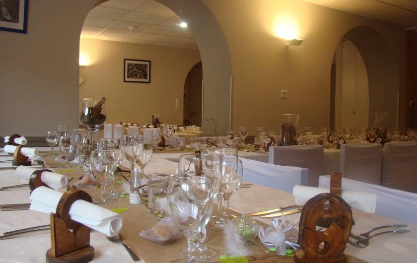 Location de vacances - Chalet à Senones - Salle Chaumes - ambiance soirée - jusque 60 couverts en dansant ou 80/classique