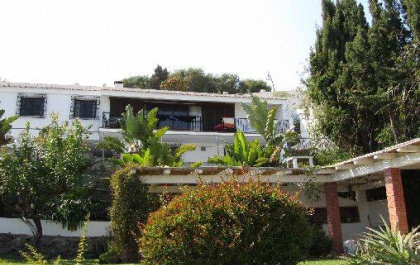 Location de vacances - Villa à Almuñécar - maison vue du jardin