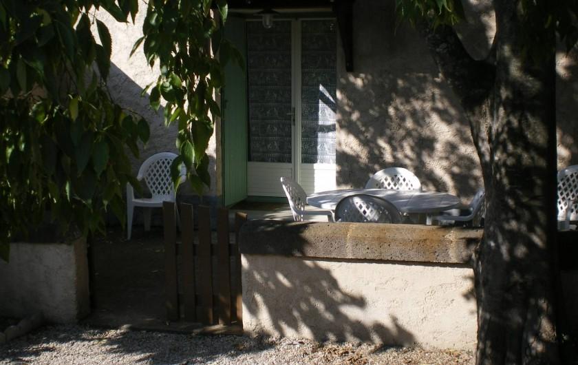 Location de vacances - Gîte à Vias - terrasse