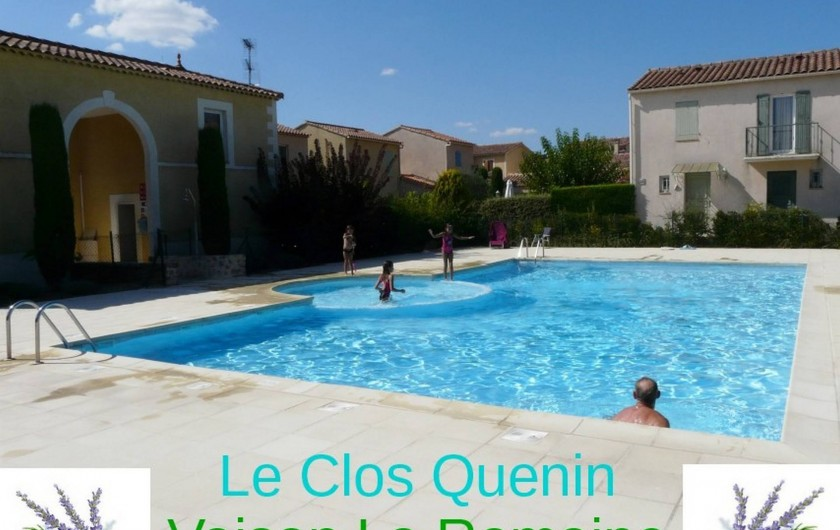 Location de vacances - Villa à Vaison-la-Romaine - piscine partagée ouverte du 01/05 au 30/09