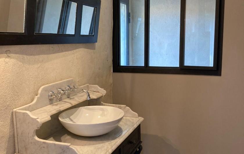 Location de vacances - Mas à Clansayes - Salle de bain