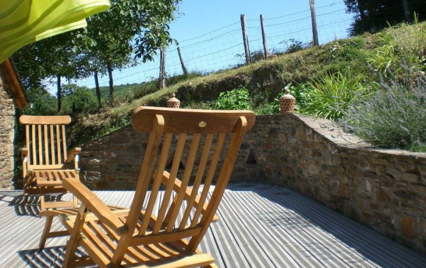 Location de vacances - Gîte à Coupiac - terrasse sud