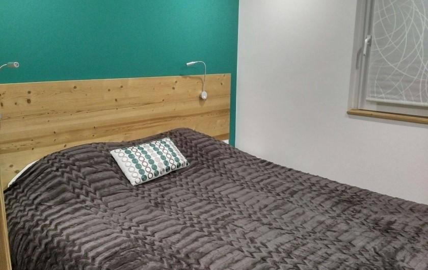 Location de vacances - Appartement à Les Deux Alpes - Chambre lit 160 séparable en 2 lits 80/200 et TV coté nord, salle de douche+WC