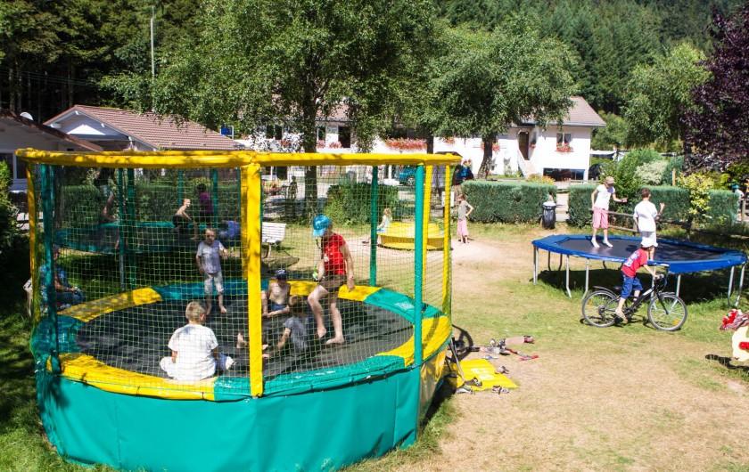 Location de vacances - Chalet à Xonrupt-Longemer - Trampoline