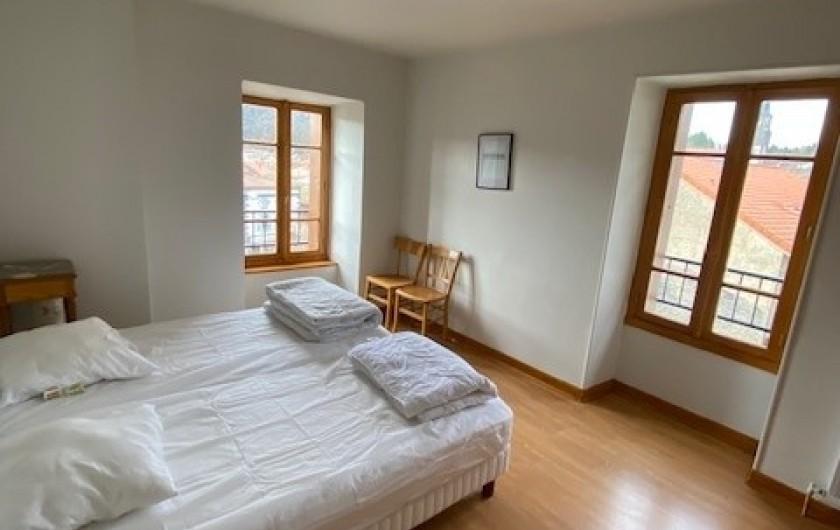 Location de vacances - Appartement à Pontgibaud - chambre 2 : 2 lits 9O*190
