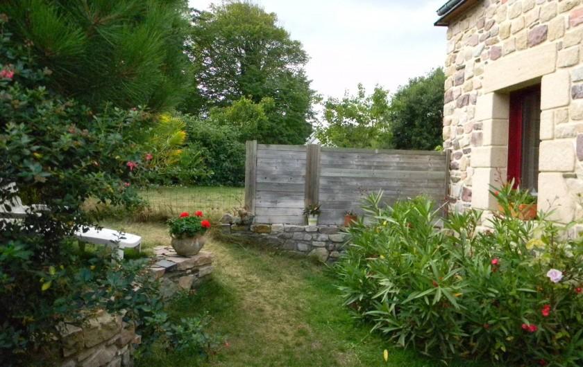 Location de vacances - Maison - Villa à Erquy - un jardin