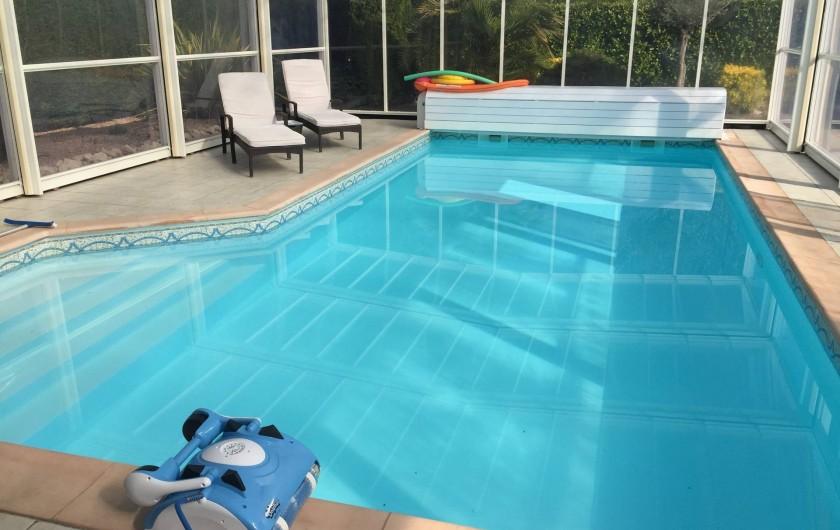 Location de vacances - Villa à Muret - La piscine sous l'abri