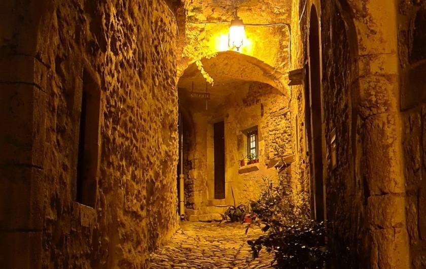 Location de vacances - Appartement à Saint-Montan - calade- Saint Montan