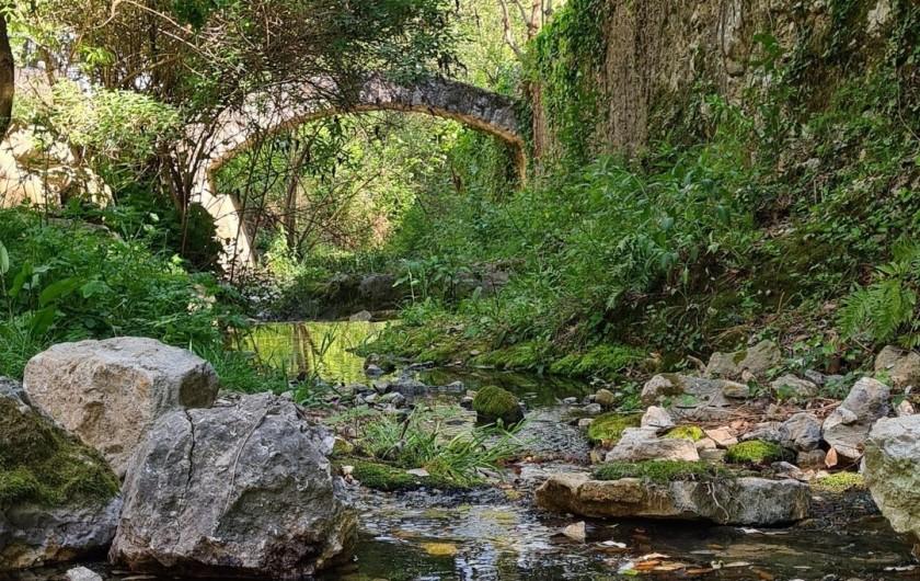 Location de vacances - Appartement à Saint-Montan - Jardin du curé - Saint Montan