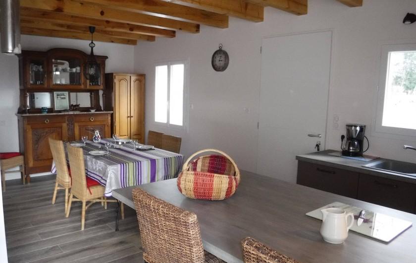 Location de vacances - Chalet à Villesoule - cuisine salle a manger