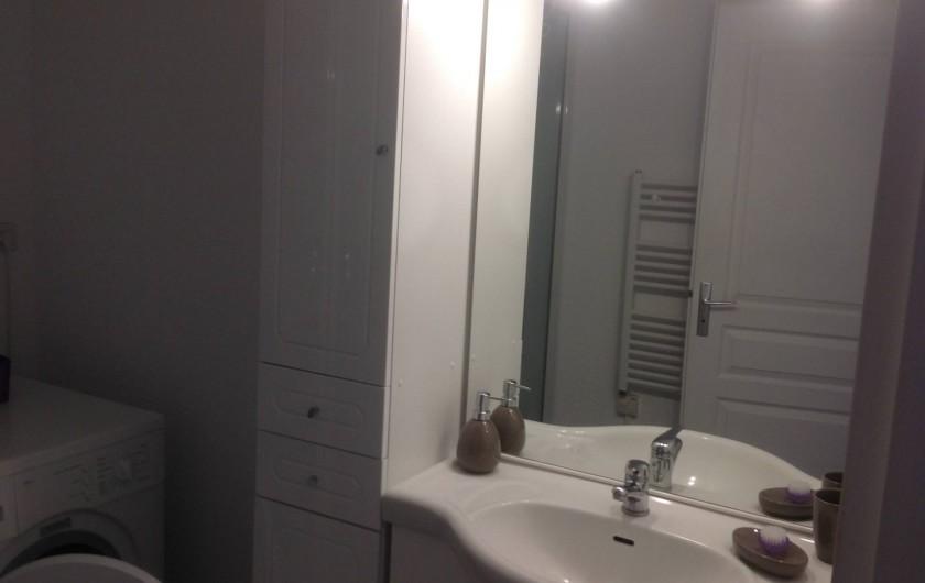 Location de vacances - Appartement à Le Barcarès - salle de douche
