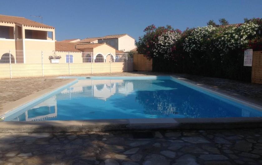 Location de vacances - Appartement à Le Barcarès - piscine