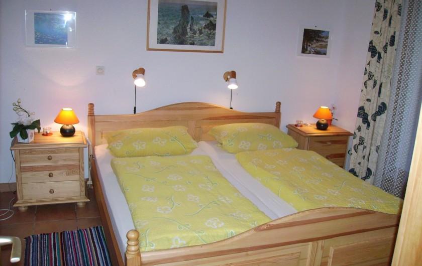 Location de vacances - Villa à Biscarrosse Plage - Chambre 1 avec lit double 180cm x 200cm