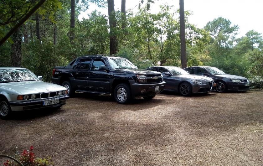 Location de vacances - Villa à Biscarrosse Plage - Parking pour 4 voitures
