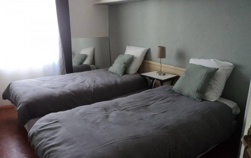 Location de vacances - Maison - Villa à Saint-Laurent-de-la-Salanque - Chambre: 2 lit en 90cm ou un grand lit de 180cm