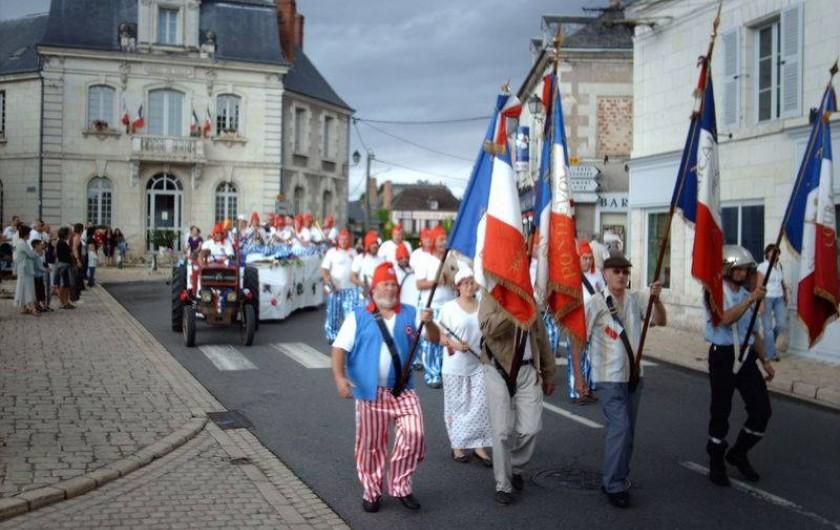 Location de vacances - Gîte à Pontlevoy - défilé du 14 juillet