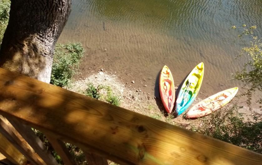 Location de vacances - Gîte à Sainte-Eulalie-d'Olt - Au bout du jardin ...