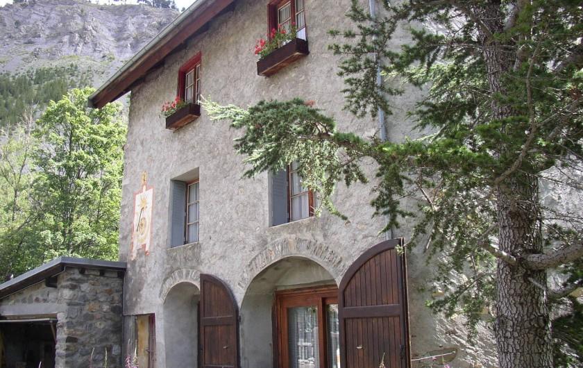 Location de vacances - Appartement à Le Monêtier-les-Bains - la maison en arrivant