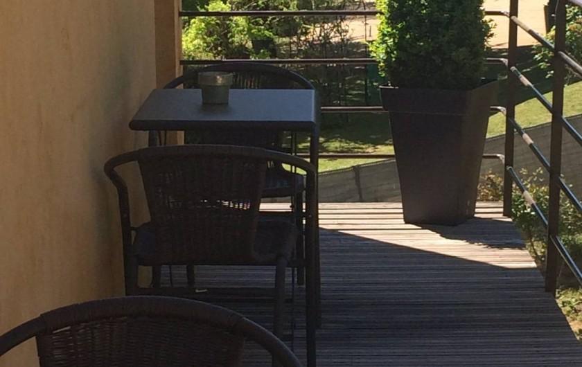 Location de vacances - Chambre d'hôtes à Sarlat-la-Canéda - Terrasse à l'étage