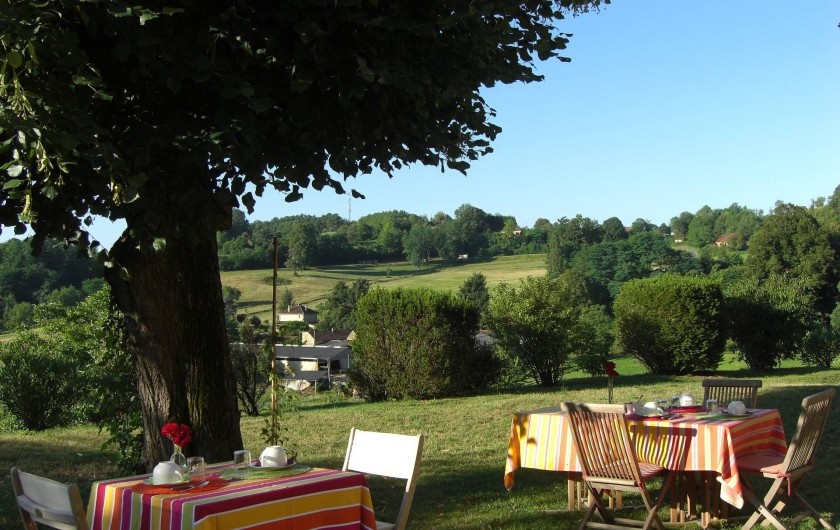 Location de vacances - Chambre d'hôtes à Sarlat-la-Canéda - Petits déjeuners extérieur