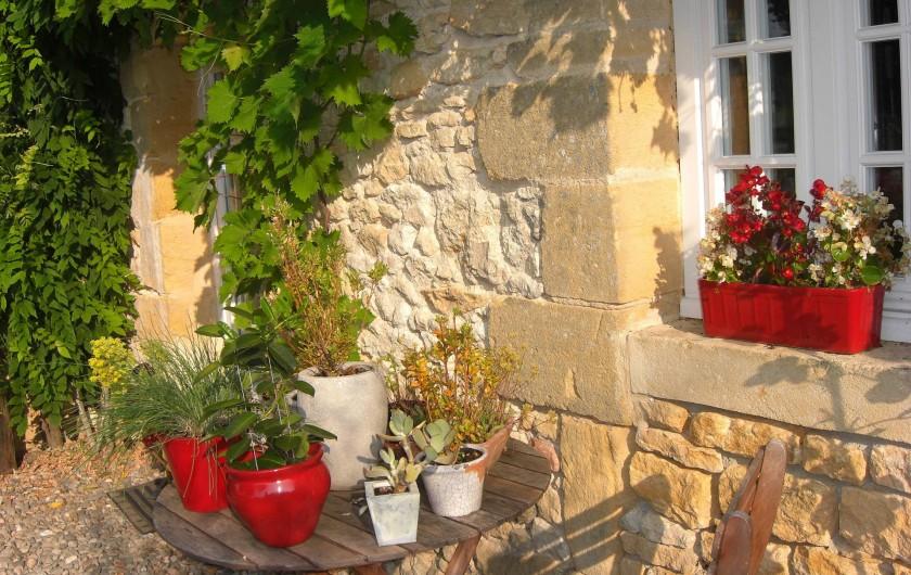 Location de vacances - Chambre d'hôtes à Sarlat-la-Canéda - Détail maison