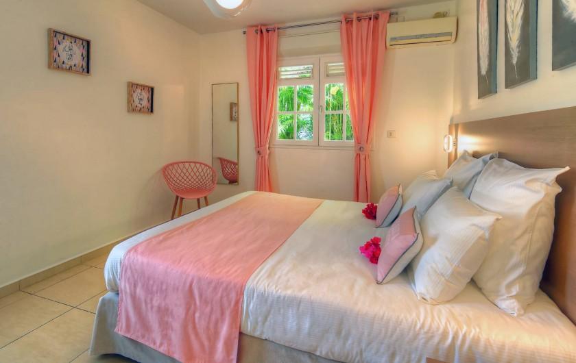 Location de vacances - Villa à Sainte-Anne - chambre rose