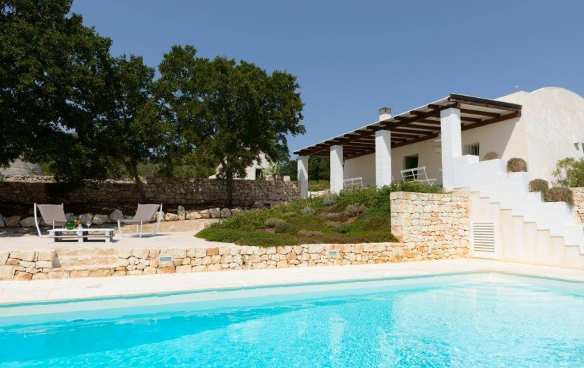 Location de vacances - Villa à Ostuni - Piscine et veranda
