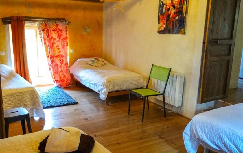 Location de vacances - Gîte à Bourrou - Chambre 3 Thélème