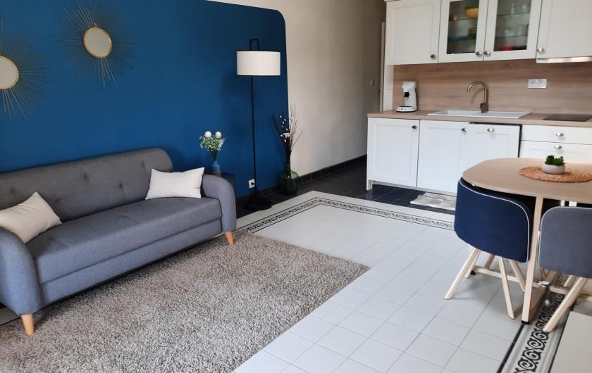 Location de vacances - Appartement à Montagnac - cuisine/salon