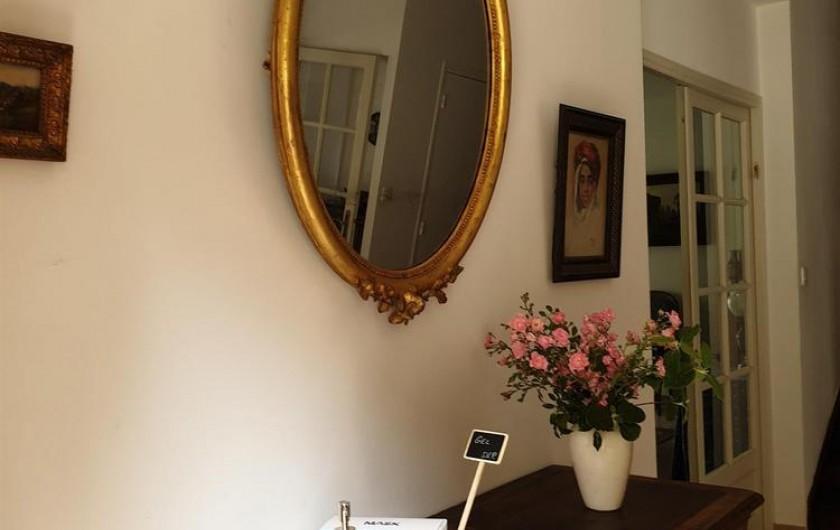 Location de vacances - Chambre d'hôtes à Saint-Martin-le-Vieil - Dès l'entrée, mesures sanitaires ....