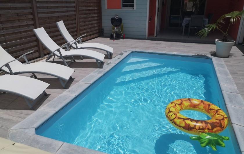 Location de vacances - Villa à Les Trois-Îlets - Piscine au sel
