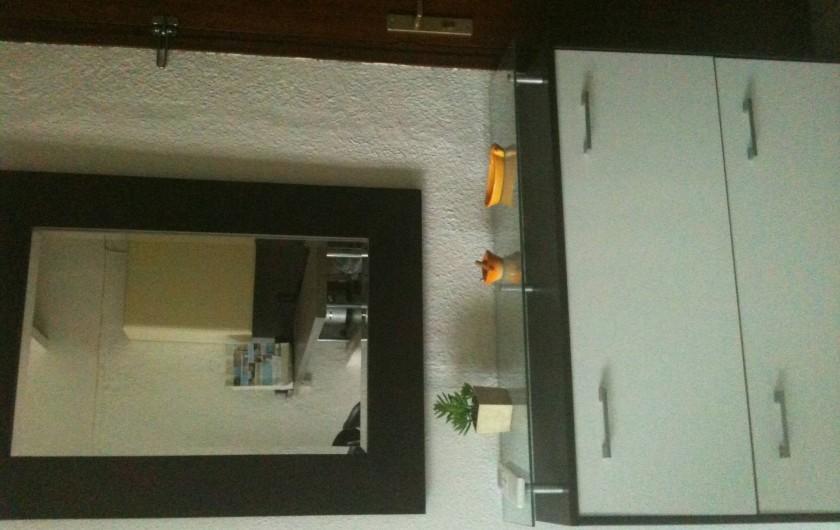 Location de vacances - Appartement à Toulon - ENTREE