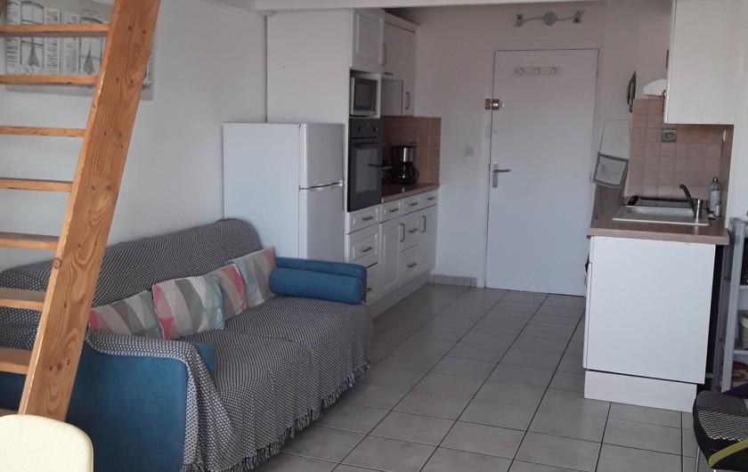 Location de vacances - Appartement à Agde - pièce à vivre