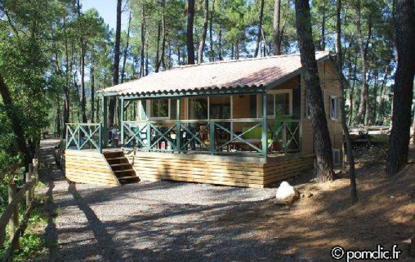 Location de vacances - Camping à Joyeuse - Chalet Acacia