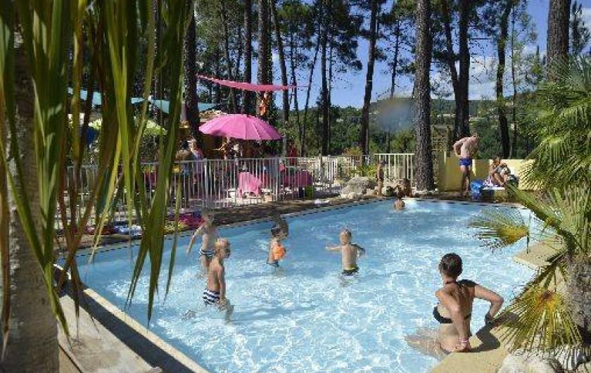 Location de vacances - Camping à Joyeuse - Piscine enfants