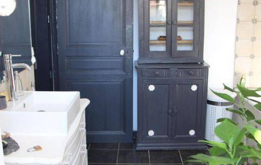 Location de vacances - Appartement à Hyères - Salle de bain