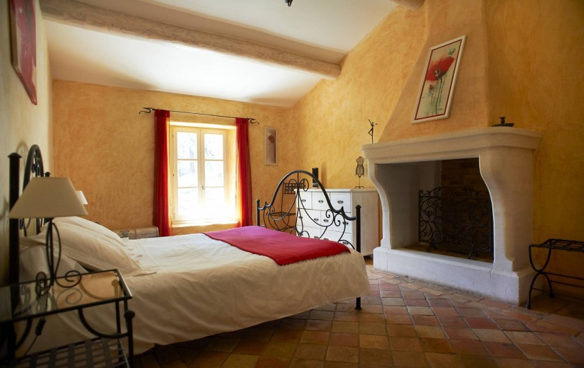 Location de vacances - Mas à Saint-Restitut - La chambre aux coquelicots