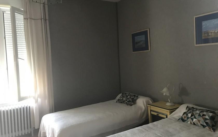 Location de vacances - Villa à Châtelaillon-Plage - 3em chambre identique à la seconde (2lits de 90cm ou assemblables en 1 de 1,8m)
