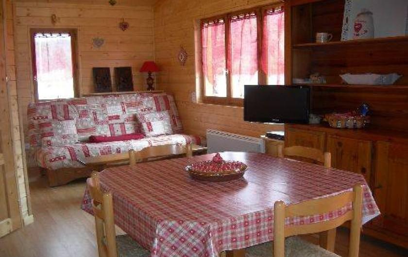 Location de vacances - Chalet à Les Rouges-Eaux - COIN REPAS ET SALON