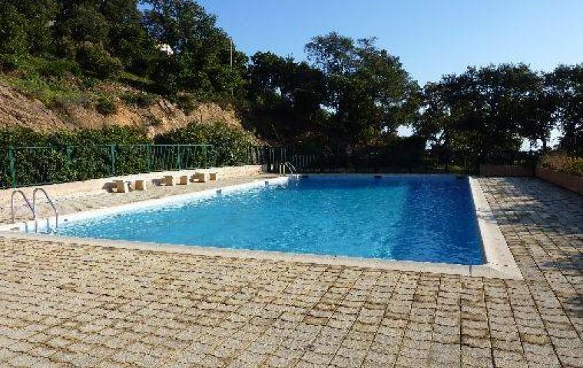 Location de vacances - Mas à La Croix-Valmer - Piscine de la résidence