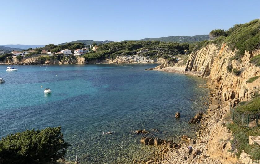 Location de vacances - Studio à Sanary-sur-Mer - La Plage