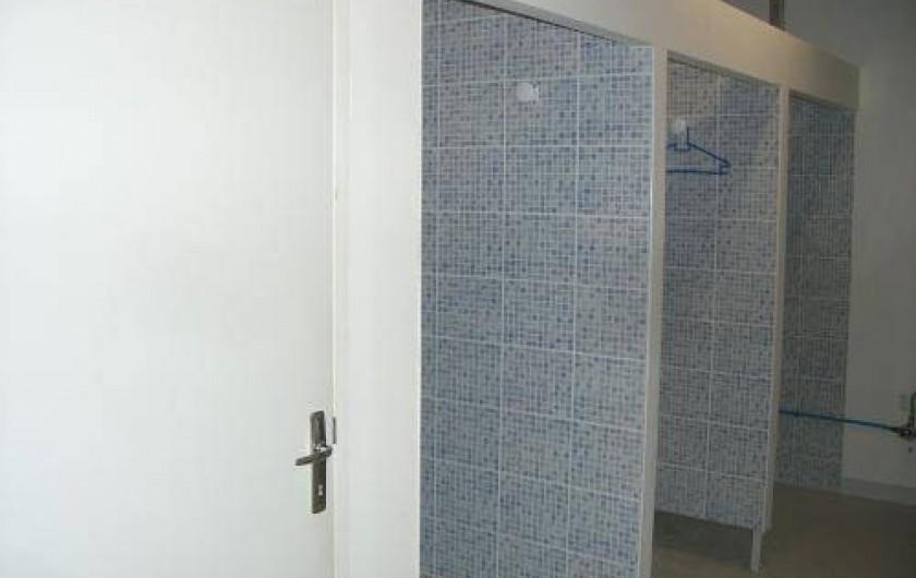 Location de vacances - Gîte à Cormoyeux - 3 douches, 2 wc et 3 lavabos