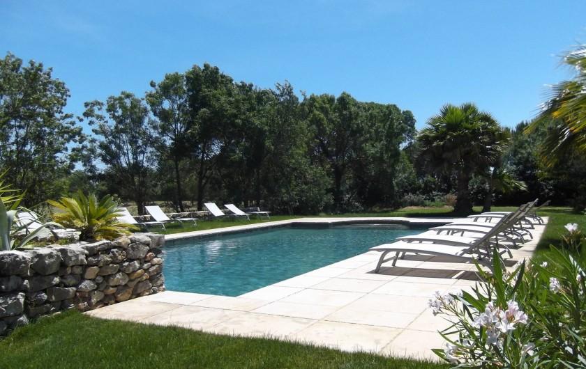 Location de vacances - Mas à Narbonne - Piscine chauffée en pleine nature