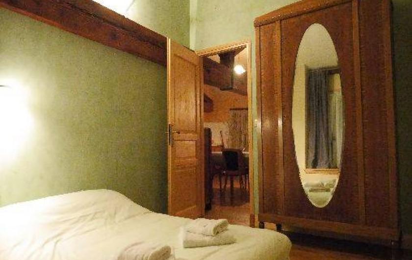 Location de vacances - Gîte à Saint-Vincent-de-Mercuze - Chambre 1